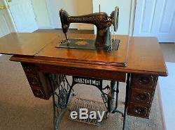 1900 Chanteur Antique Machine À Coudre, Table Armoire, Base En Fonte Prix Réduire