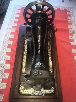 1900 Modèle Unrestored Chanteur Machine À Coudre À La Main Manivelle P311524