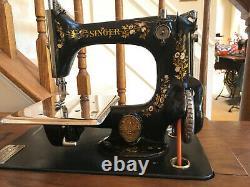 1900 Singer Modèle 24 Treadle Sewing Machine Fonctionne Parfaitement