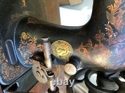 1908 Ancien Chanteur Machine À Coudre Avec Armoire