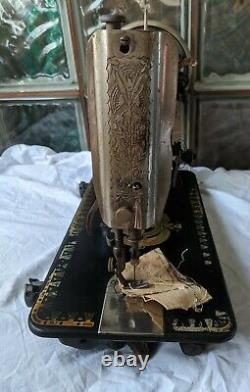 1909 Victorienne Antique Lotus Chanteur Treadle Machine À Coudre Modèle 66 D Série