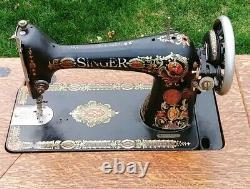 1910 Antique Singer Machine À Coudre Avec Armoire Main Crank Treadle Fonte