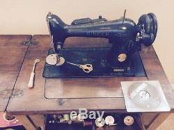 1947 Antique Vintage Machines À Coudre Singer Modèle 15 Se Works