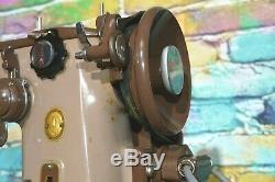 60 Singer Vintage 306k Robuste Machine À Coudre Antique + Pédale Fonctionne Bien