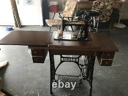 Ancienne Singer Tiger Chêne Fancy 7 Tiroir Treadle Sewing Machine Cabinet