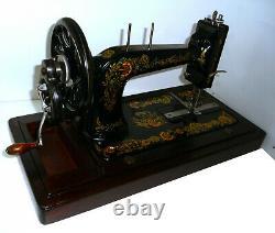 Anciennes Chanteur 48k Main Machine À Coudre Roue Noire Manivelle Rare D'origine