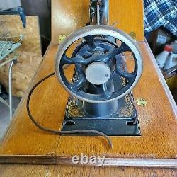 Antique 1874-1875 Singer Class127 Sphinx Treadle Machine À Coudre Modèle 16671265
