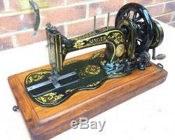 Antique 1888 Chanteur 12k De Base Fiddle À Manivelle Machine À Coudre Avec Acanthe