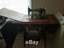 Antique 1904 Chanteur Treadle Machine À Coudre Modèle 27-4 Série # G1029965
