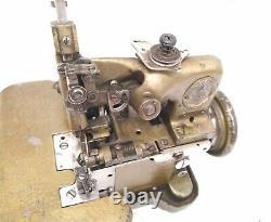 Antique 1925 Very Rare Smallest Singer 81-4 Overlocker Machine À Coudre Industrielle