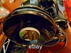 Antique 1950s Singer Sewing Machine, 99k Modèle Ek925669 Dans Original Case