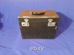 Antique 1952 Singer 221 Plume Couture Machine Machine Case Pedal Accessories Nice