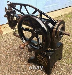 Antique 29k53 Cylindre Bras Heavy Duty Leather Patcher Machine À Coudre Tête Seulement