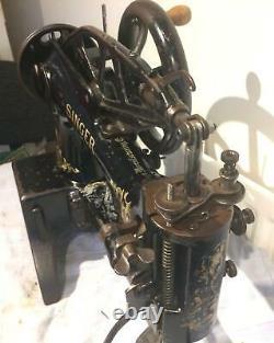Antique 29k53 Cylindre Bras Patcher Cuir Coudre La Tête De Machine Seulement