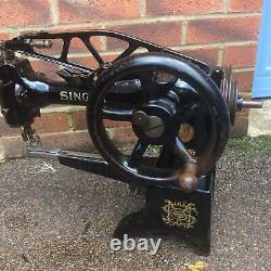 Antique 29k58 Cylindre Bras Heavy Duty Leather Patcher Machine À Coudre Tête Seulement