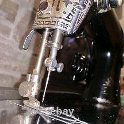 Antique De Travail 201-k Simanco Black Victorian Scroll Machine À Coudre Électrique