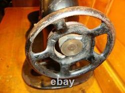 Antique Industrial Singer Seeing Machine Head Fiddle Base 1888