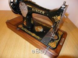 Antique Machines À Coudre Singer Modèle 128k Avec La Vencedora Autocollants