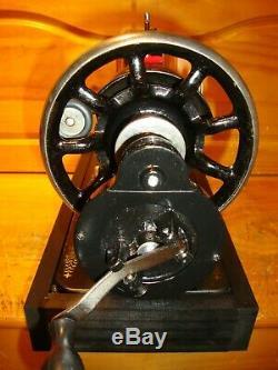 Antique Machines À Coudre Singer Modèle 66 Red Eye, Manivelle, Cuir, Viabilisé