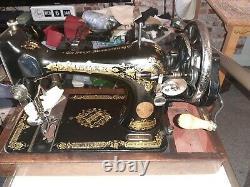 Antique Singer 128k'victorian' Machine À Coudre Y142963 Entièrement En Service