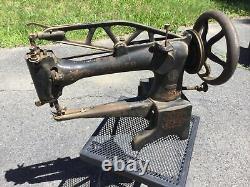 Antique Singer 29-4 Tête De Machine À Coudre Cast En Fer Cobbler Industriel En Cuir