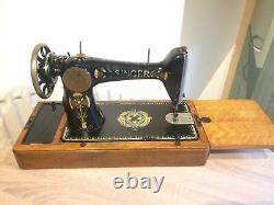 Antique Singer 66-1 Machine À Coudre Avec Décalcomanies Lotus