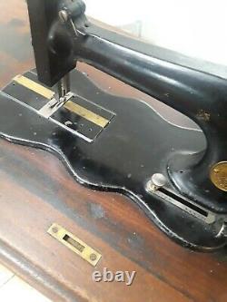 Antique Singer Machine À Coudre Fiddle Base Modèle 12 + Plateau En Bois (q239)p2