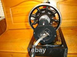 Antique Singer Machine À Coudre Modèle 127, Hand Crane, Serviced