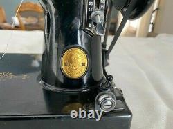 Antique Singer Plume 3-110 Machine À Coudre Avec Boîtier Dur Et Accessoires