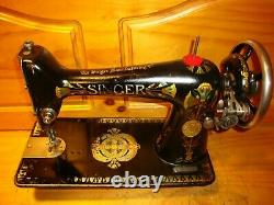 Antique Singer Sewing Machine Head Modèle 66 Lotus, Entretenu