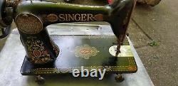 Antique Singer Treadle Machine À Coudre Red Eye Absolument Beau Graphique