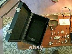 Antique / Vintage 221 Chanteur Poids Plume Couture Machine Works! Avec Extras