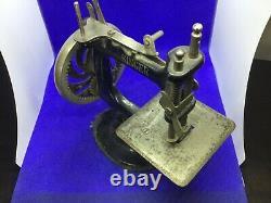 Antique Vintage Rare Singer Machine À Coudre Miniature En Fonte Childs