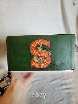 Antique Vintage Singer Modèle 20 Toy Machine À Coudre