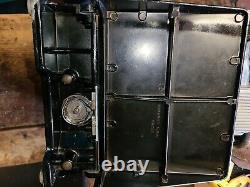 Antique Vintage Singer Plume 221 Machine À Coudre Avec Boîtier Original