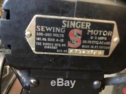 Belle Chanteur 201k Antique Machine À Coudre Électrique
