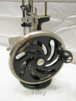 Cast Vintage Fer Chanteur Toy Machine À Coudre 7 Rayons Miniature