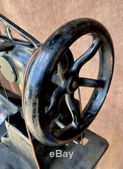 Chanteur Antique 29-4 Industriel Cuir Cordonniers Treadle Machine À Coudre Withmanual