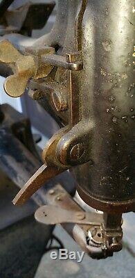 Chanteur Vintage 29-4 Industrial Cobbler Leather Treadle Machine À Coudre / Occasion