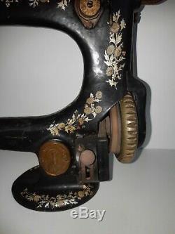 Extrêmement Rare Originale 1918 Dernier Jour La Première Guerre Mondiale Modèle 25-4 Machine À Coudre Singer