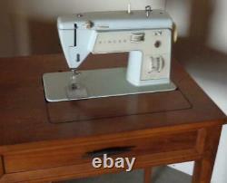 MID Siècle Chanteur Modèle 417 Machine À Coudre Avec Haut En Couture Vgc Table-
