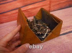 Puzzle De Boîte À Coudre D'antique Singer Petit Treadle Machine Wood Folding 1890's