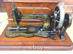 Rare Antique Bradbury Fiddle Base Handcrank Machine À Coudre Similaire À Singer 12k