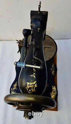Rare Vintage Chanteur Industriel 23-8 Bouton Machine À Coudre Trou