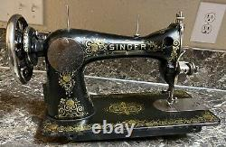 Singer 15 Tiffany Gingerbread Treadle Sewing Machine 1924 Antique Allemand Utilisé