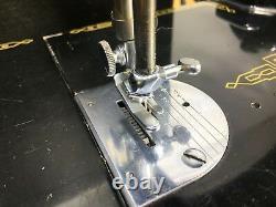 Singer 221k Antique Featherweight Machine À Coudre