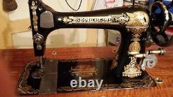 Singer En 1894 Machine À Coudre De Bande De Roulement New À Jonesboro Ar Secteur. Doit Vendre