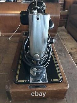 Singer Machine À Coudre 201-2 État Étonnant Antique