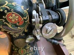 Singer Machine À Coudre Fait 1920 Avec Des Caisses Et Des Travaux G8023264 Vintage