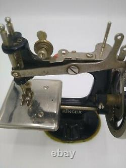 Singer Sew Handy Antique Années 1920 Machine À Coudre Childs Black Smooth Crank